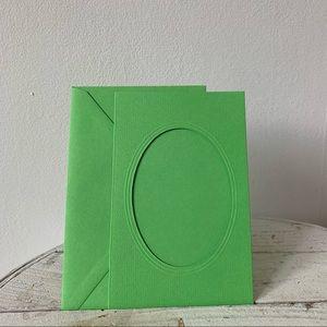 💌 Vintage Green Photo Frame Card